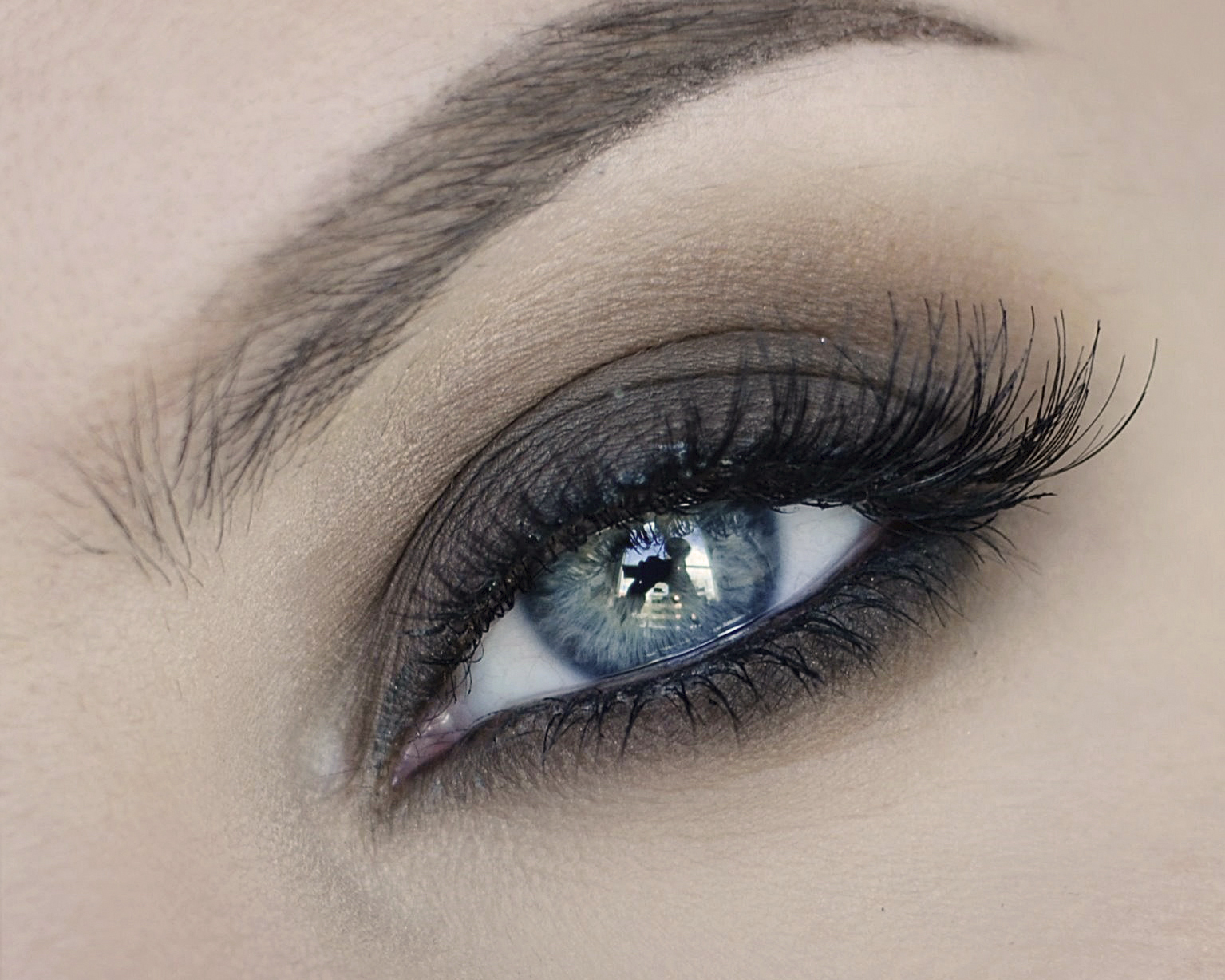 Soft, Smoky Eyes